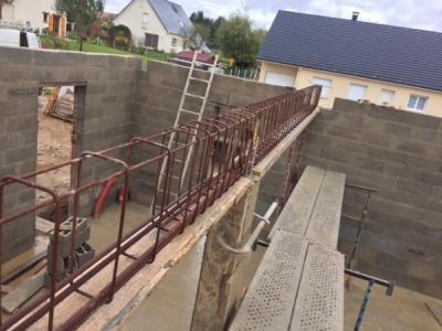 Réalisation d'une poutre en béton armée par votre société de maçonnerie SARL TEMUR à Bourg achard